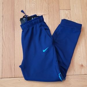 Nike boys jogger pants size XL